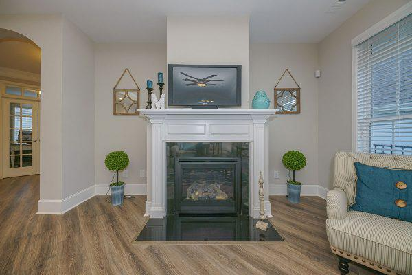 Homes With Gas Fireplace