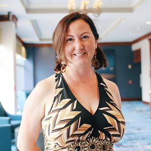 Amanda Feltz ,  New Home Sales Consultant